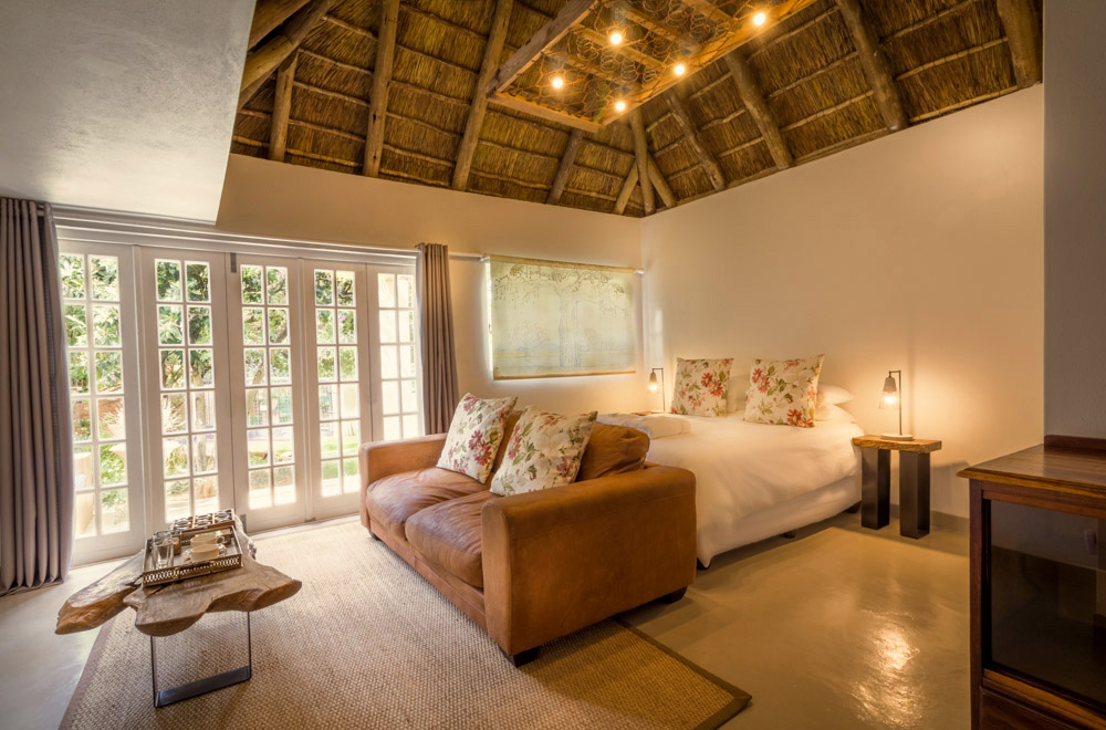 Pierneef's Kraal Country Lodge - Luxury accommodation in Pretoria East, South Africa - Interior view of room 1